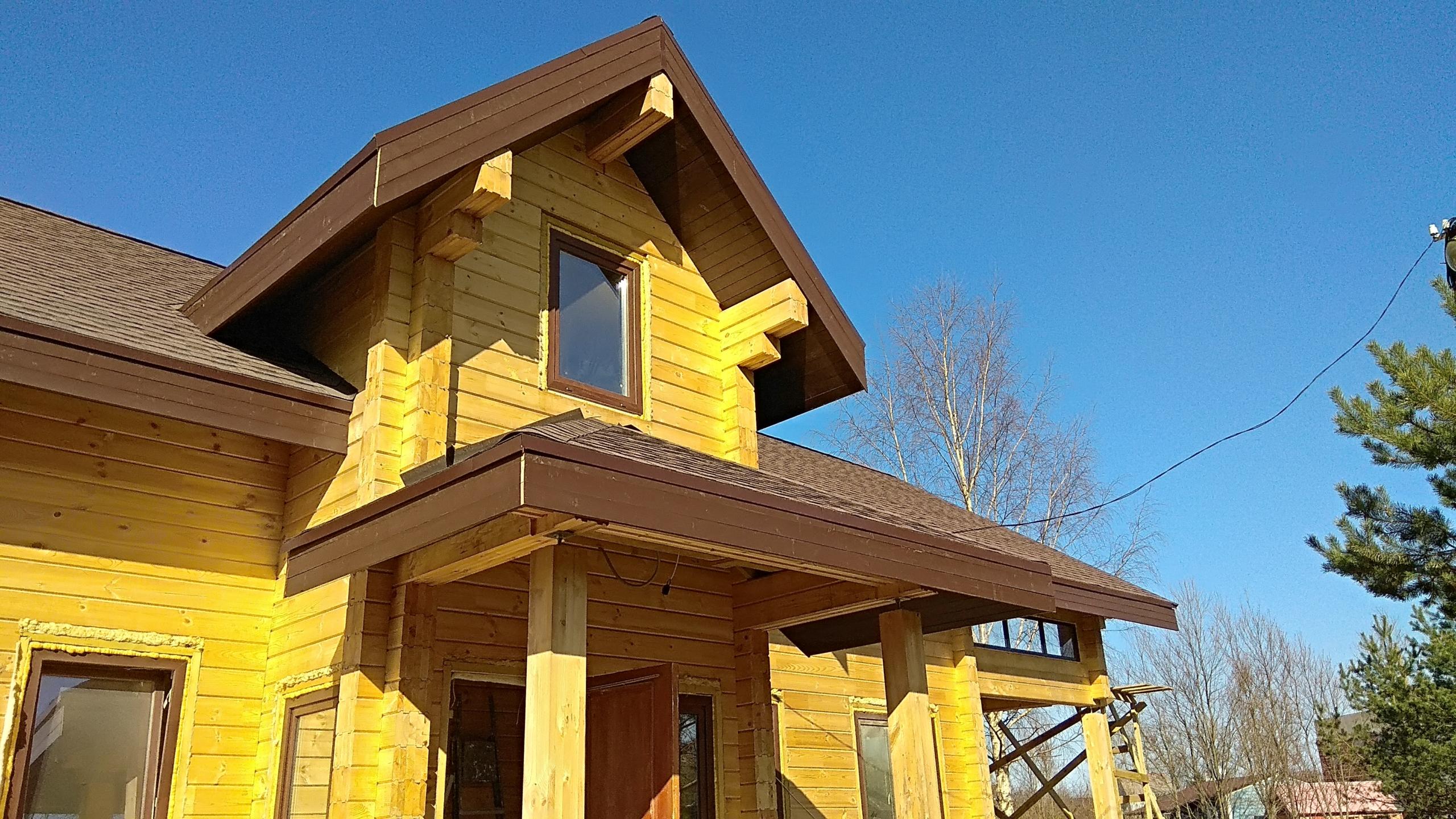 Двухэтажный дом из клеёного бруса 180 х 200 мм в Ленинградской области СНТ «Тавры»