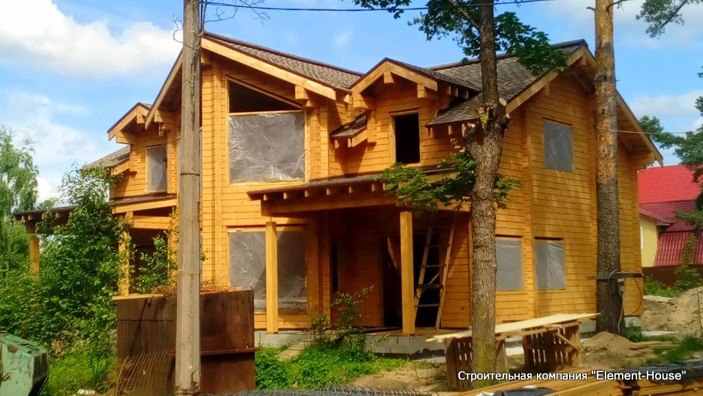 Дом из клеёного бруса в СПб, пл. Александровская