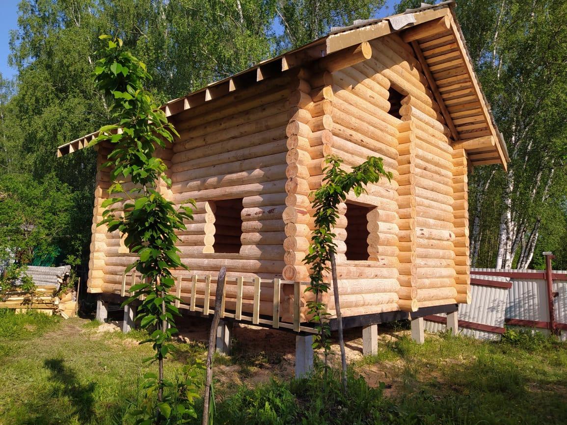 Двухэтажный дом из остроганного бревна в Коломне