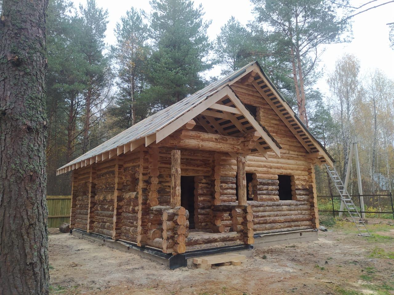 Фото: Бревенчатый дом ручной рубки в Тверской области, г. Кимры