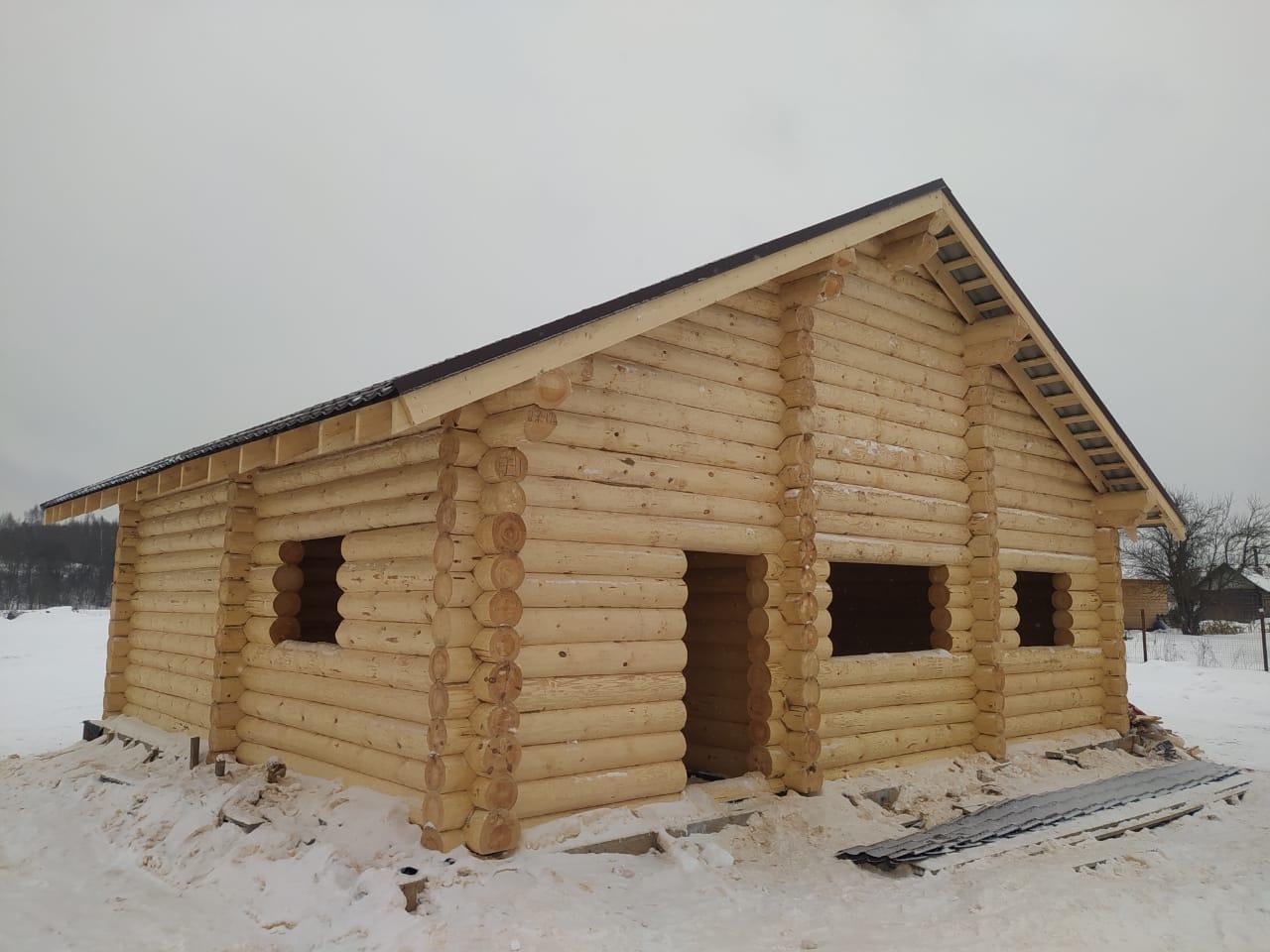 Фото: Дом из бревна ручной рубки 240-260 мм. в Тверской области