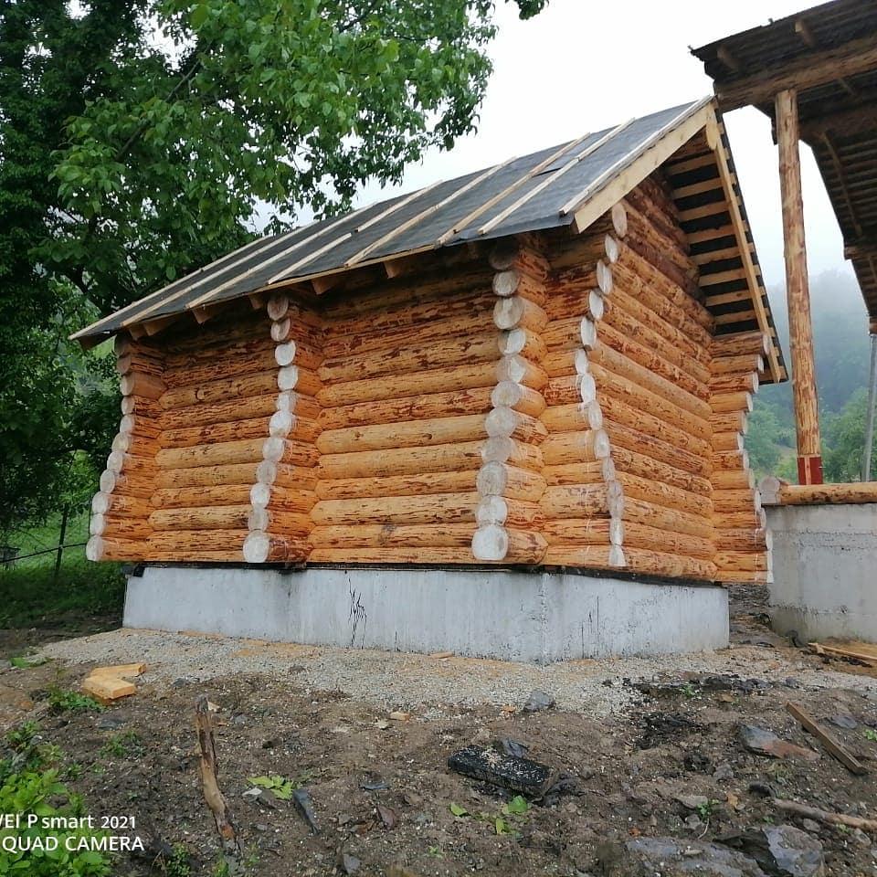 Фото: Небольшая баня 4 на 5 из бревна 220 мм. в Краснодарском крае